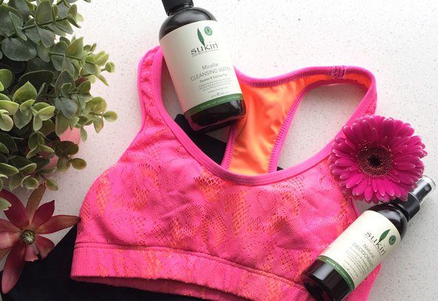 6 Imprescindible productos de belleza para su bolsa de deporte